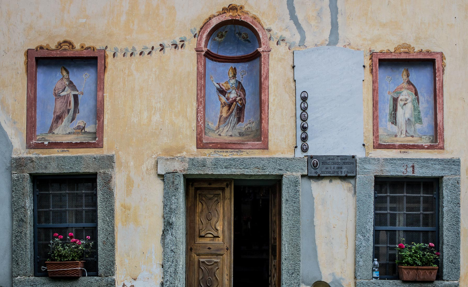 La facciata della Cappella di Planaz