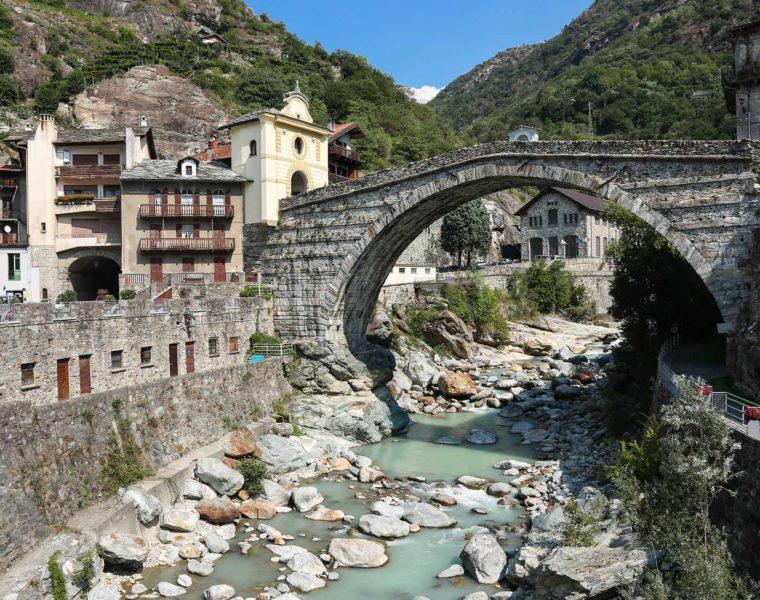 Ponte romano di Pont-Saint-Martin - © Archivio Fotografico Regione Autonoma Valle d'Aosta