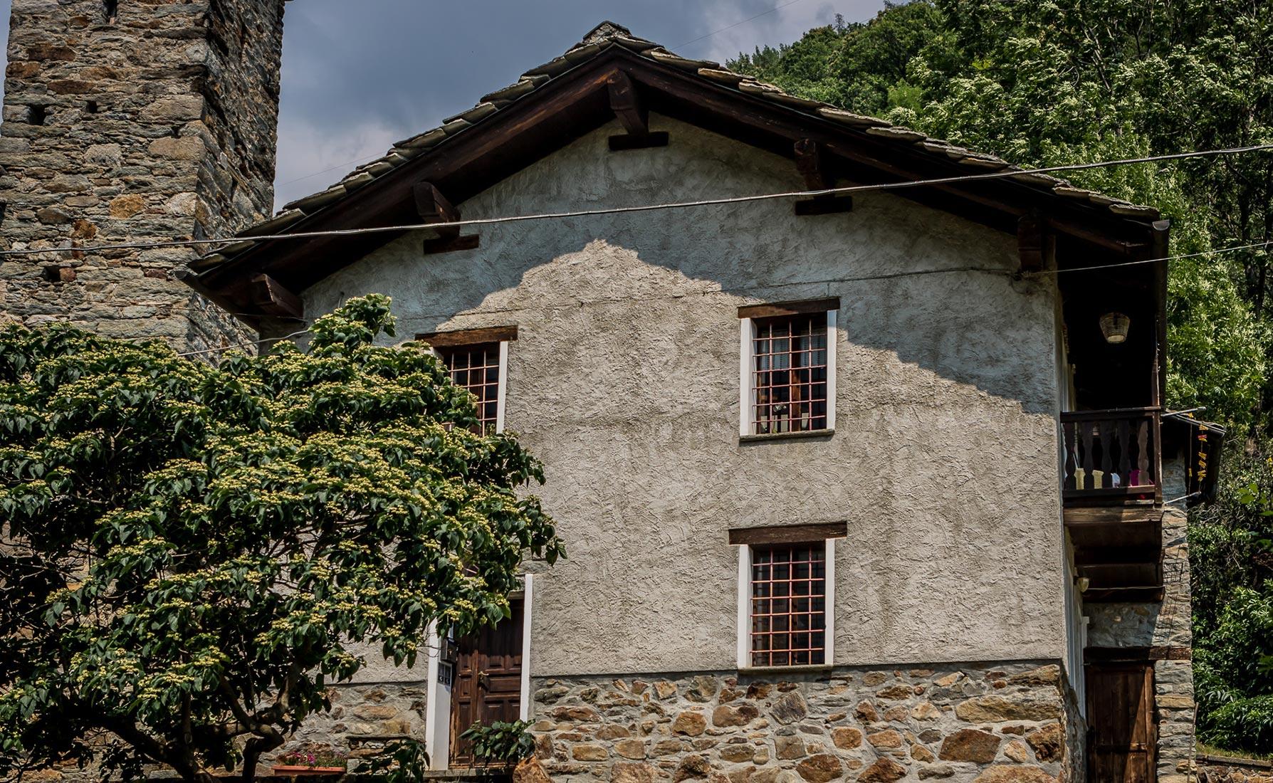 La prima scuola elementare edificata in Valle d'Aosta - Località Planaz